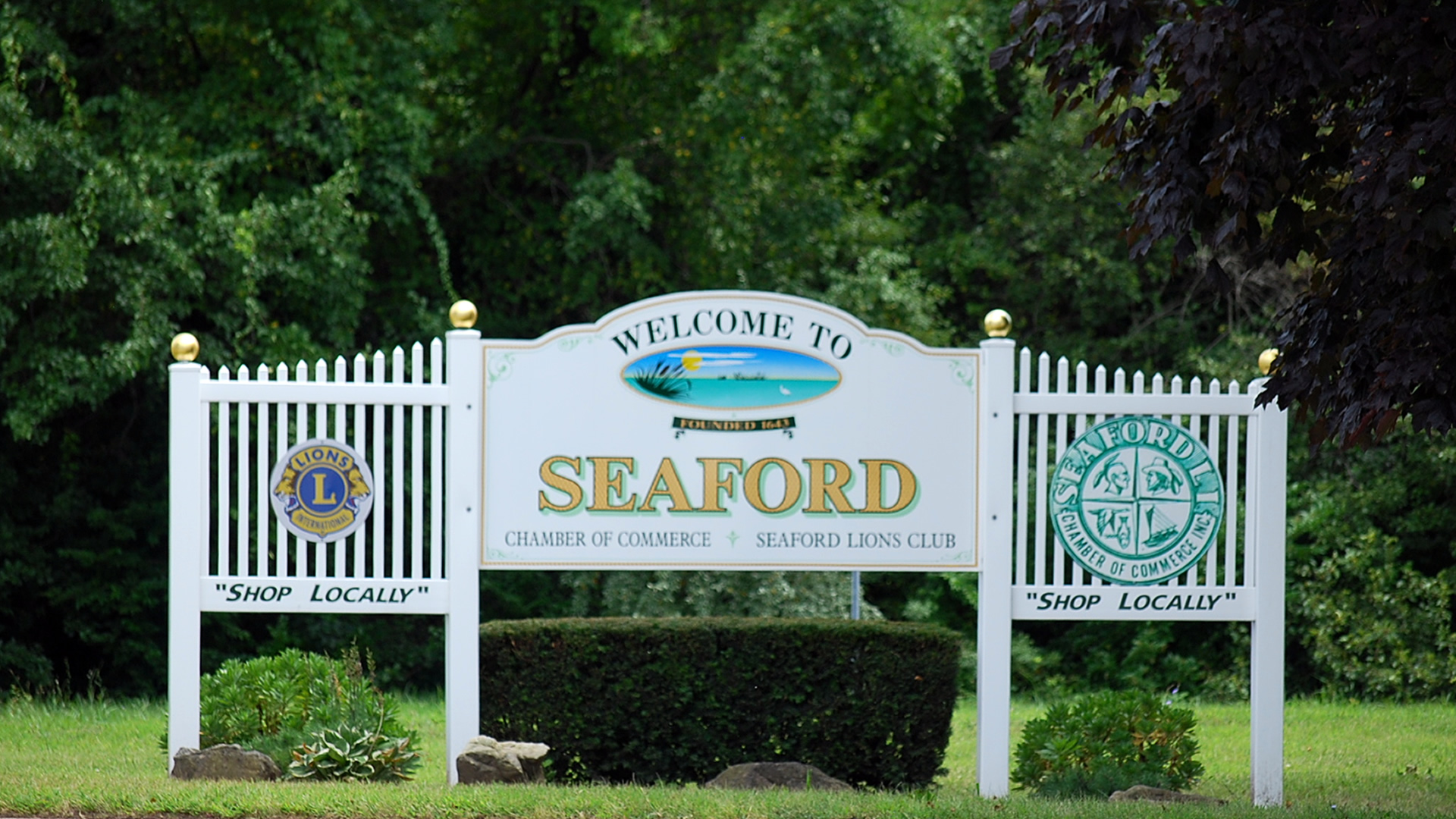 Seaford Welcome Sign